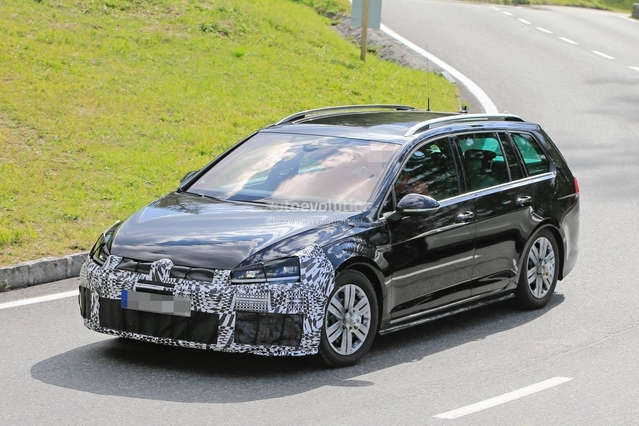 Surprise : le break de chasse Volkswagen Golf R SW restylé sort du bois