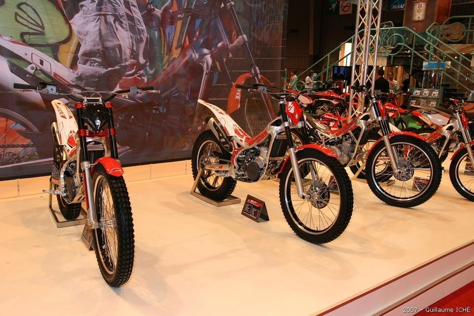 Salon de la moto 2007 en direct : le Portfolio 4, Keeway, Delta Mics, Can Am et Beta
