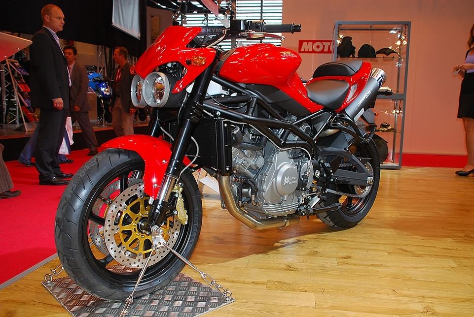 Salon de la Moto 2007 en direct : Moto Morini 9 ½ et Corsaro 1200 Veloce