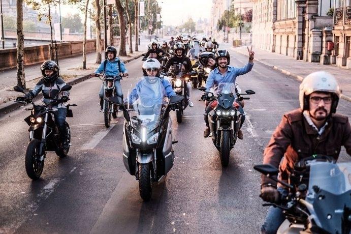 Et les motos électriques, on s'y prépare ? S1-electrique-le-debut-d-un-commencement-avec-l-electric-night-ride-559648