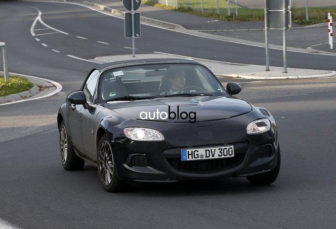 Surprise : le futur roadster Mazda/Alfa sur le Nürburgring