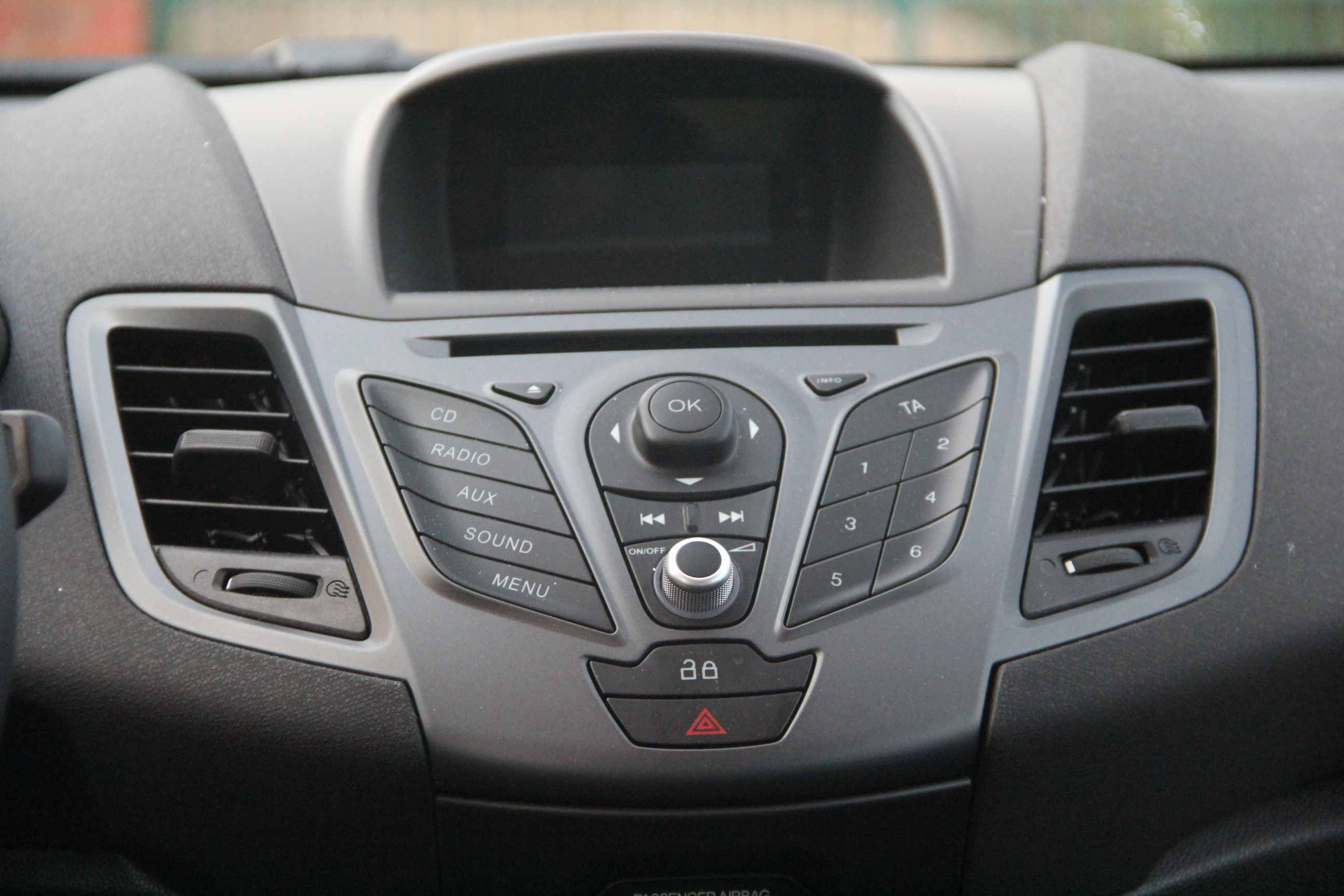 Vieux Pick Up Ford Americain Occasion >> Essai - Ford Fiesta TDCI 75 : un accès privilégié