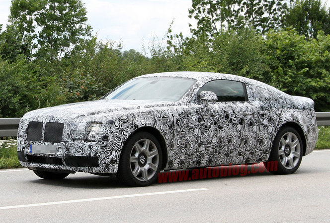 La Rolls-Royce Ghost Coupé surprise en test