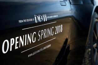 Surprise : l'Aston Martin DB11 enlève le haut