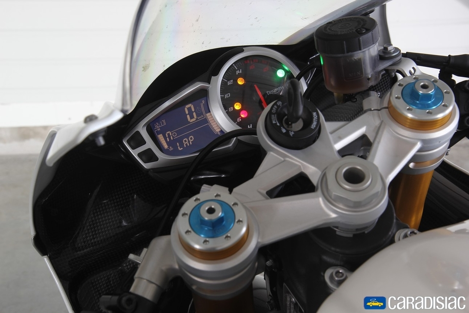 Les essais d'Arnaud Vincent : La Triumph Daytona 675 R [+ vidéo]