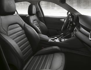 Mondial de Paris 2016 - Alfa Romeo Giulia: nouvelle version sportive Veloce
