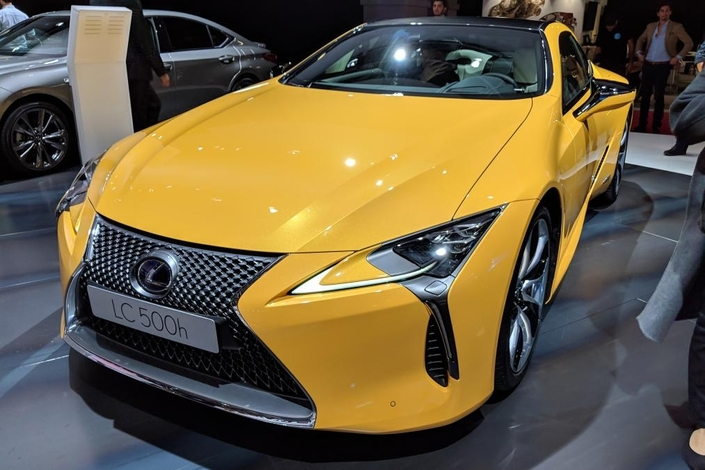 Lexus LC Yellow Edition : très jaune ! - En direct du Mondial de Paris 2018