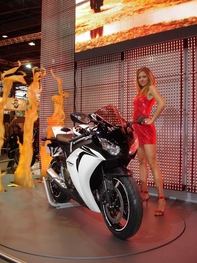 Enquête : La Honda CBR 1000RR face aux visiteurs du salon...