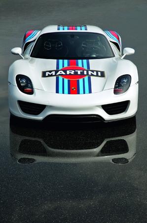 S7-La-future-Porsche-918-Spyder-en-livree-Martini-Racing-268370