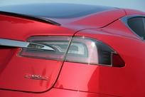 Essai vidéo - Tesla Model S restylée 2016 : le pétrole, c'est ringard