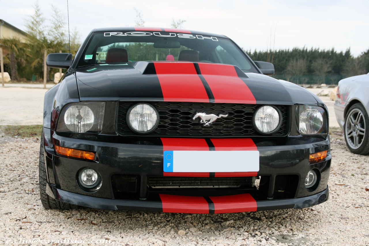 http://images.caradisiac.com/images/0/1/4/1/30141/S0-Photos-du-jour-Ford-Mustang-GT-Roush-124601.jpg