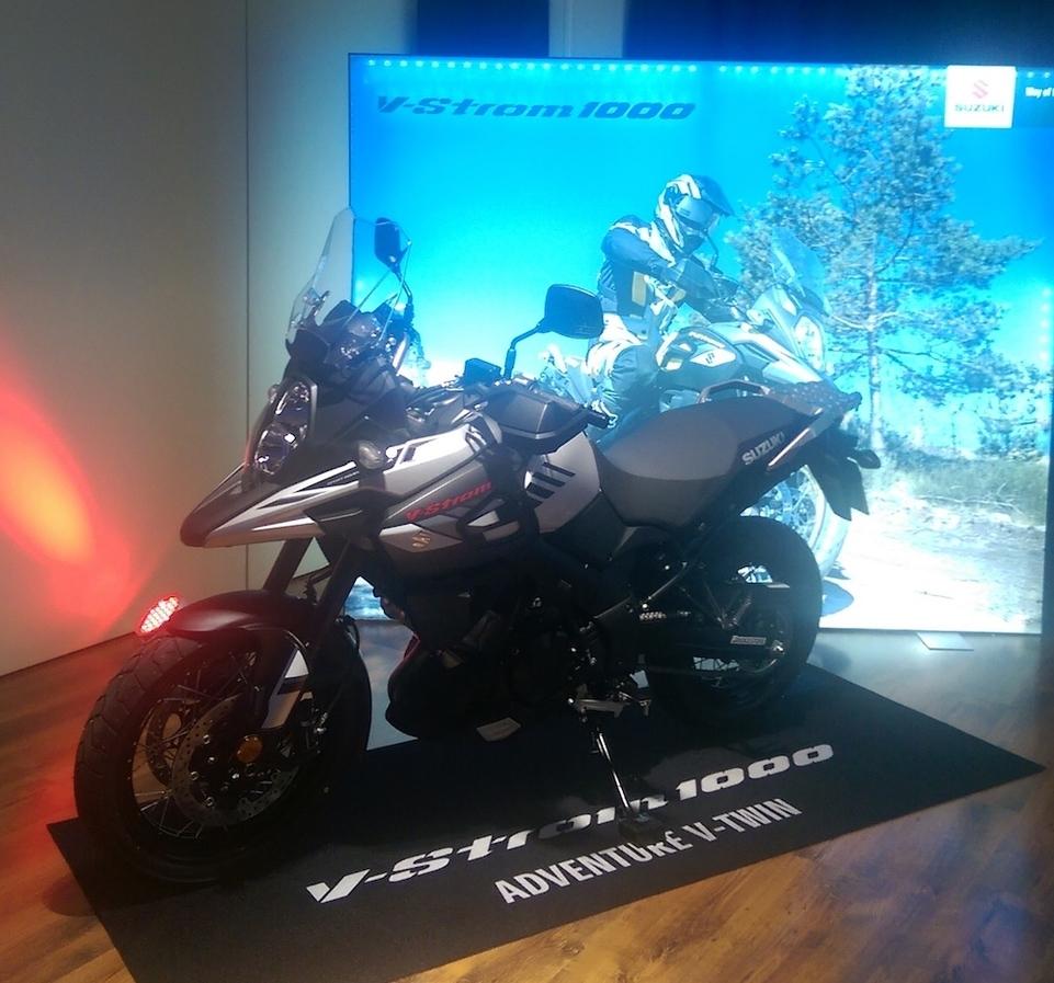 Suzuki V-Strom 650/1000 2017 : les premières informations avant l'essai complet