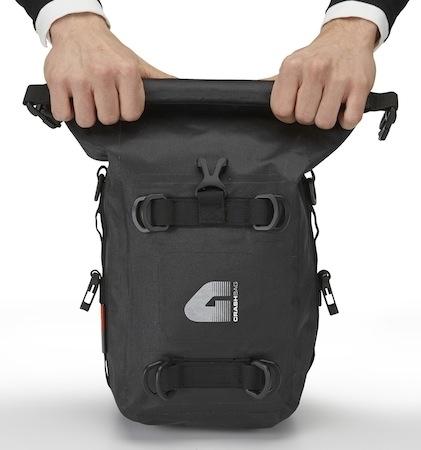 Givi T 513 : sacoche latérale pour gagner en volume de transport