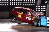 Dernier crash de septembre. Avec l'airbag et le prétensionneur, la note passe à 1 étoile. Mieux certes, mais pas top pour autant.
