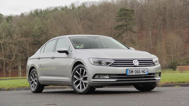 essai vid o volkswagen passat 8 enfin la rel ve. Black Bedroom Furniture Sets. Home Design Ideas