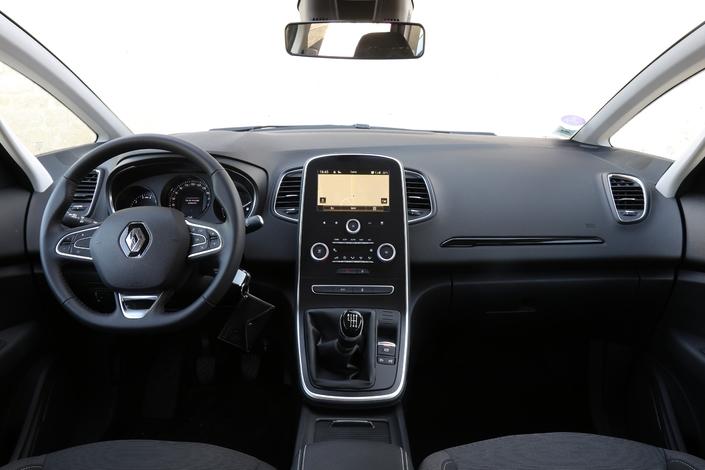 Essai – Renault Scénic 1.3 TCe 115: que vaut le moins cher des Scenic?