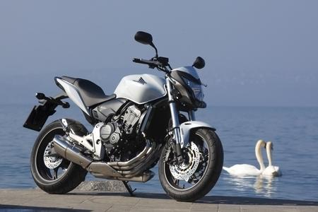 Essai - Honda Hornet 600 C-ABS 2011 : Rendez-vous en terre connue