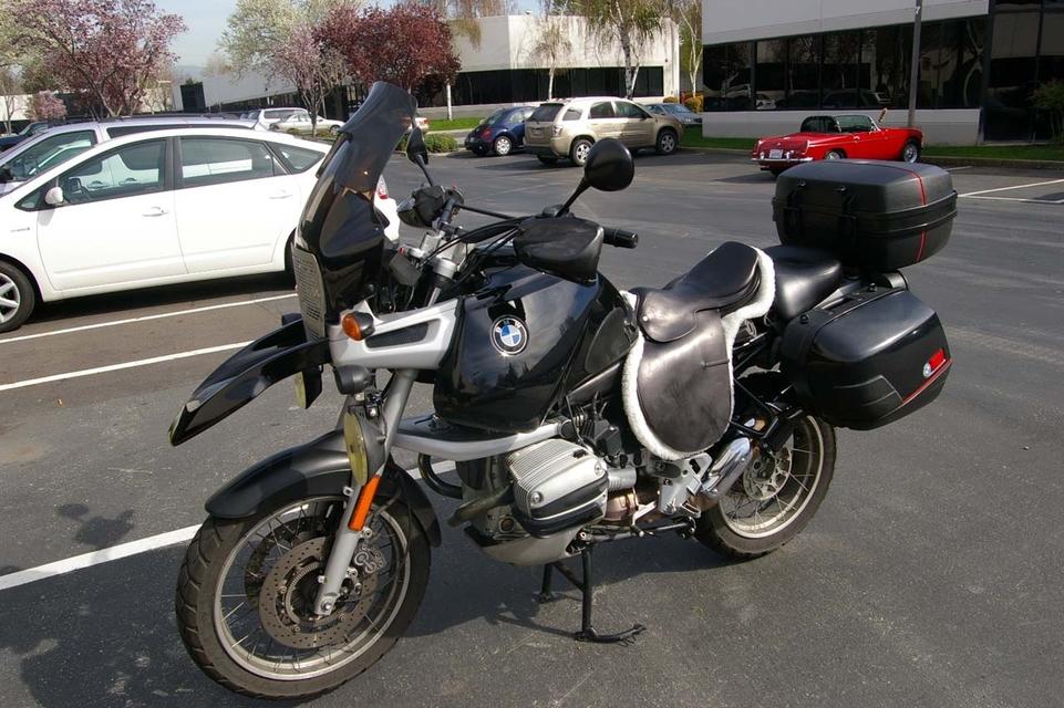 Photo du jour : à cheval sur ma moto