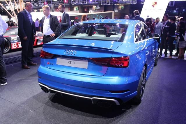 Audi RS3 restylée : toujours plus - Vidéo en direct du Mondial de l'auto 2016