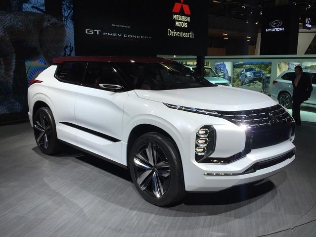 Mitsubishi GT-PHEV: mastoc, mais... - En direct du Mondial de Paris 2016