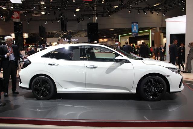 Honda Civic: controversée - Vidéo en direct du Mondial de Paris 2016