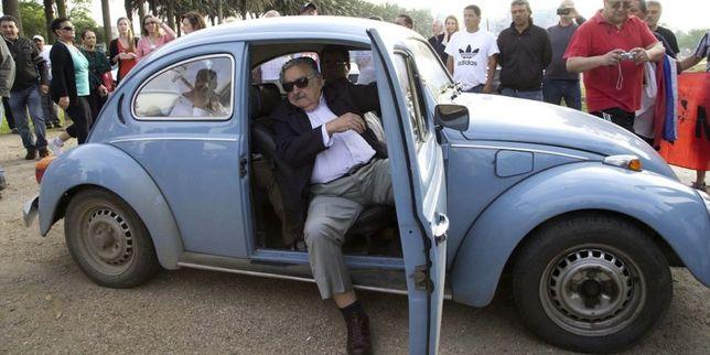Uruguay : le président s'arrête pour prendre un auto-stoppeur