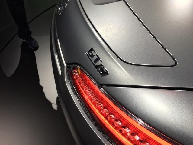 Mondial de l'Auto 2016 - Mercedes - AMG GT Roadster: découvrez la première vidéo en live