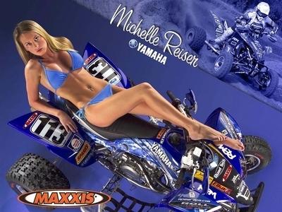 Moto & Sexy : MAXXIS Quad et surtout Michelle Reiser