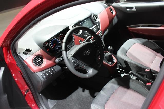 Hyundai i10 restylée : timide - Vidéo en direct du Mondial de l'auto 2016