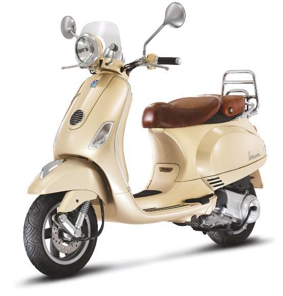 Nouveauté Scooter : Vespa LXV 125 beige siena série vintage