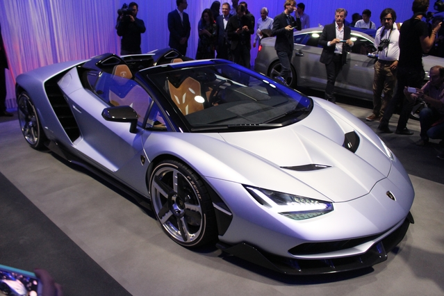Mondial de l'Auto 2016 - Les images de la soirée d'avant-première du groupe Volkswagen