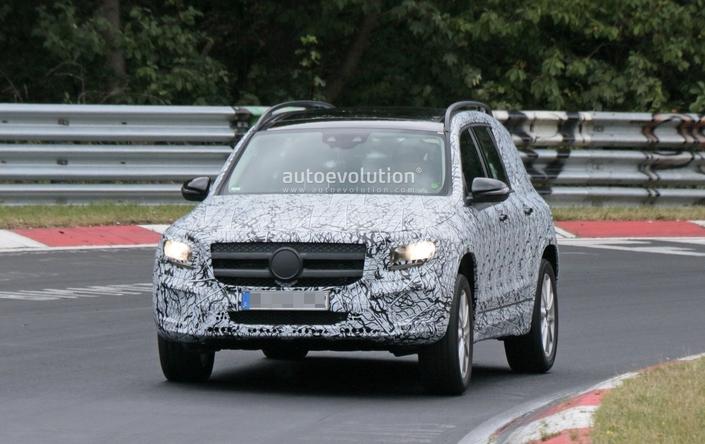Le futur Mercedes GLB à l'attaque du Nürburgring