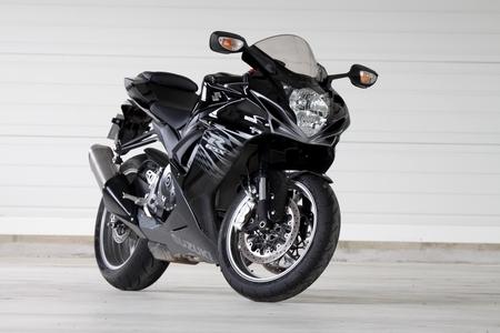 Essai - Suzuki GSX-R 600 2011 : Régime Slim & Fast...