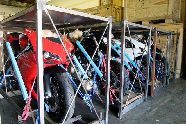 Photo du jour : Elle est en vie la Ducati 848...