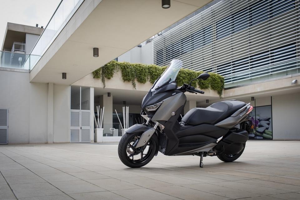 Essai Yamaha X-Max 300 2017 : plus puissant, plus léger