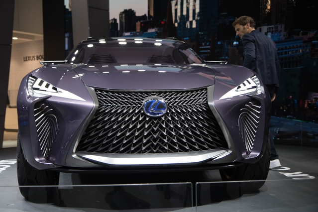 Lexus UX Concept : surprenant - En direct du Mondial de Paris 2016