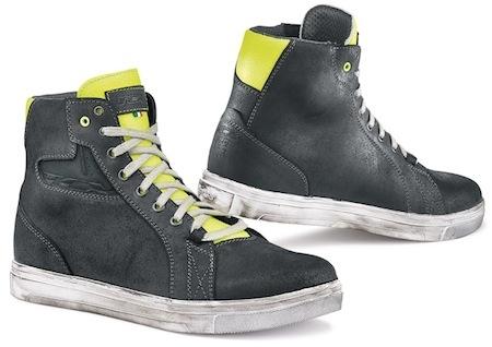 TCX Street Ace: l'évolution des sneakers moto