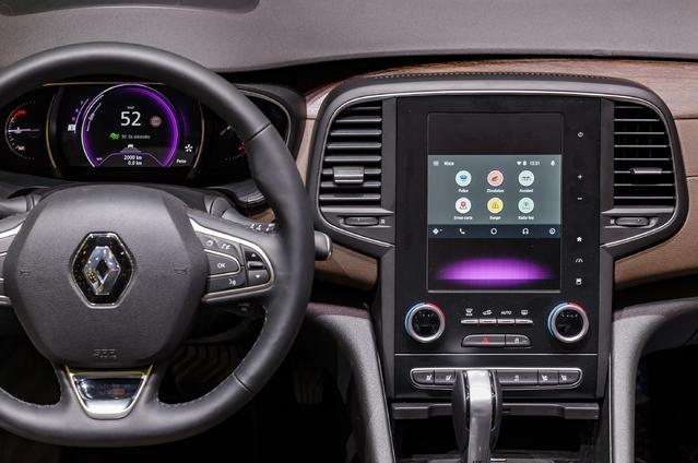 Véhicules connectés: Renault s'associe à Waze