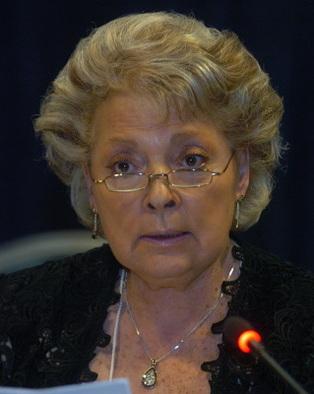 Nelly Olin : un clin d'oeil à l'écologie