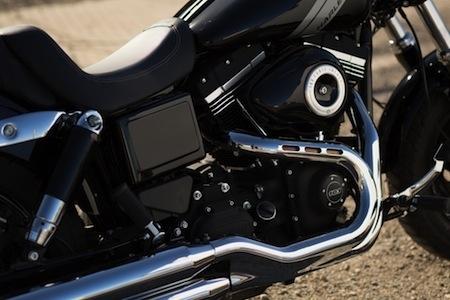 Nouveauté 2014: Harley-Davidson radicalise son Fat Bob
