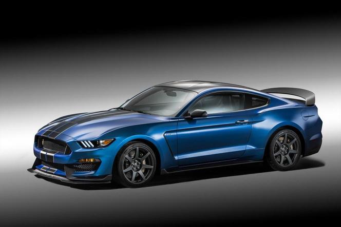 Ring Folies : la Mustang Shelby GT350R en 7:32.19