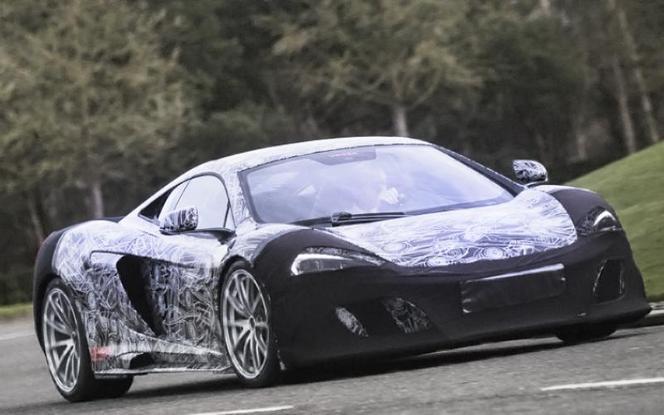 """Genève 2015 : une """"nouvelle"""" McLaren 675 LT arrive"""
