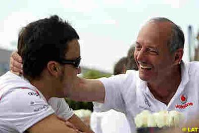 Formule 1: Alonso et Dennis règlent toujours leurs comptes