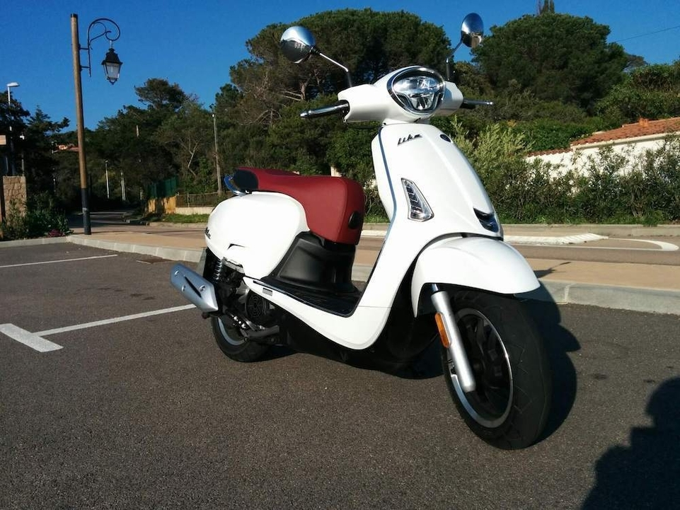 Kymco AK 550/Like 125 : les premières informations en direct de Corse