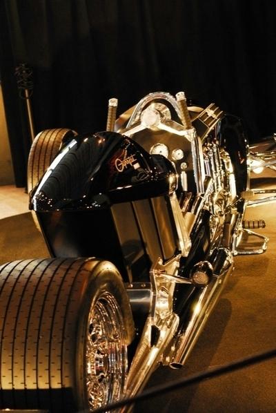 Salon de la moto 2007 les insolites : Mecatwin 2300 Gyrojet