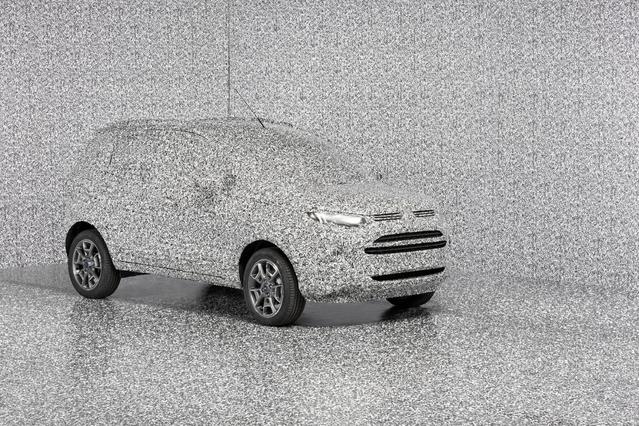 Dommage, Ford ne profite pas de la présentation de ce nouveau camouflage pour teaser une nouveauté.