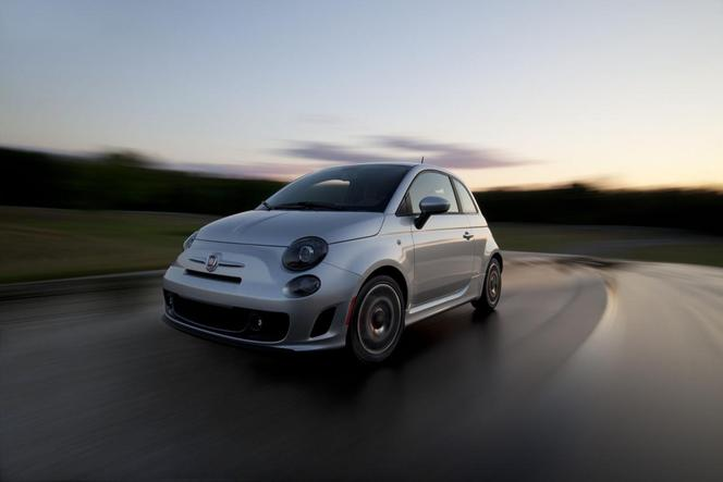 Nouvelle Fiat 500 Turbo: vive la mode 80's!