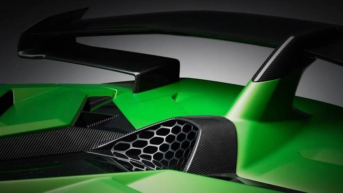 Lamborghini : dernier teaser pour l'Aventador SVJ