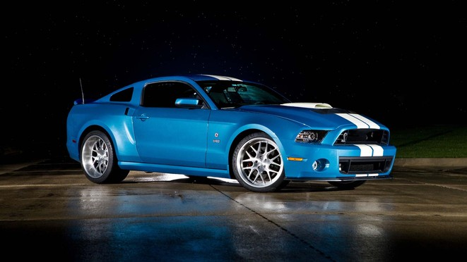 Shelby GT500 Cobra : le reptile passe à 850 ch en la mémoire de Carroll Shelby