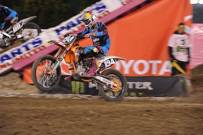 SX 2011 - Houston : Ken Roczen au guidon d'une 350 SX-F !!
